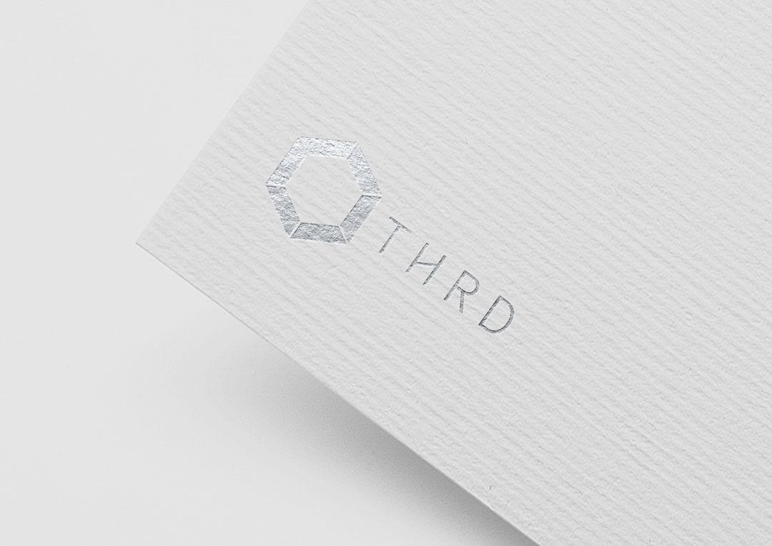 Agence Takestwo : calage logo pour la plateforme Othrd